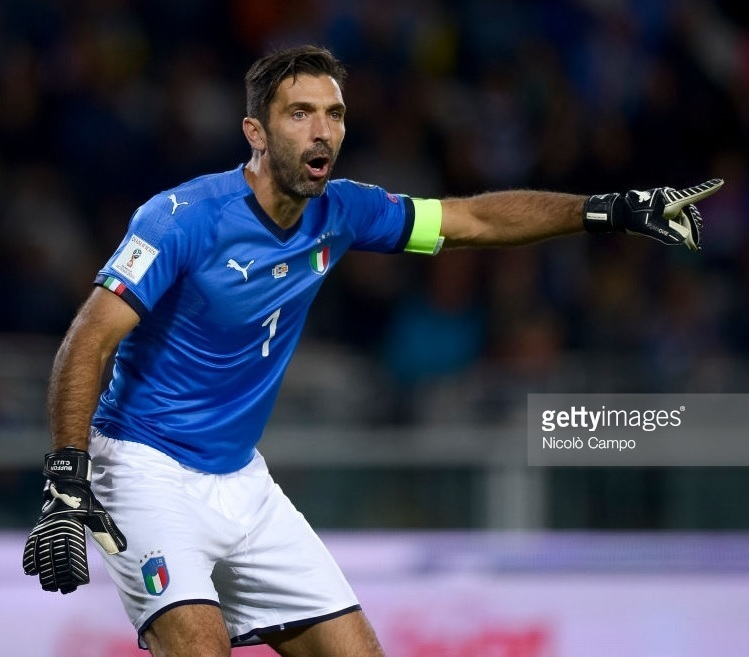 Italy-2018-world-cup-home-kit-Gianluigi-Buffon.jpg