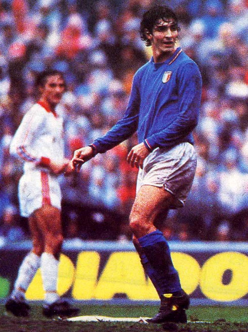 Italy-83-Le coq-home-kit-blue-white-blue.jpg