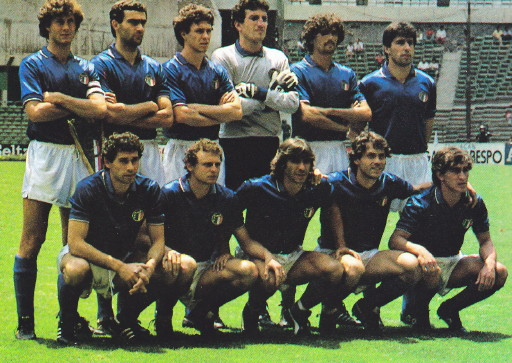 Italy-85-diadora-home-kit-blue-white-blue-line-up.jpg