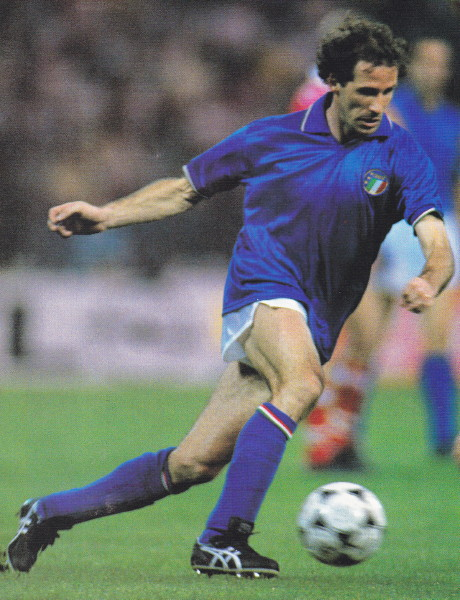 Italy-89-diadora-home-kit-blue-white-blue.jpg