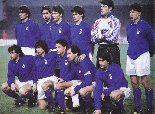 Italy-94-DIADORA-home-kit-blue-white-blue-line-up.jpg