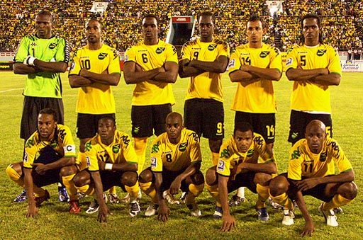 Jamaica-08-09-KAPPA-home-yellow-black-yellow-group.jpg
