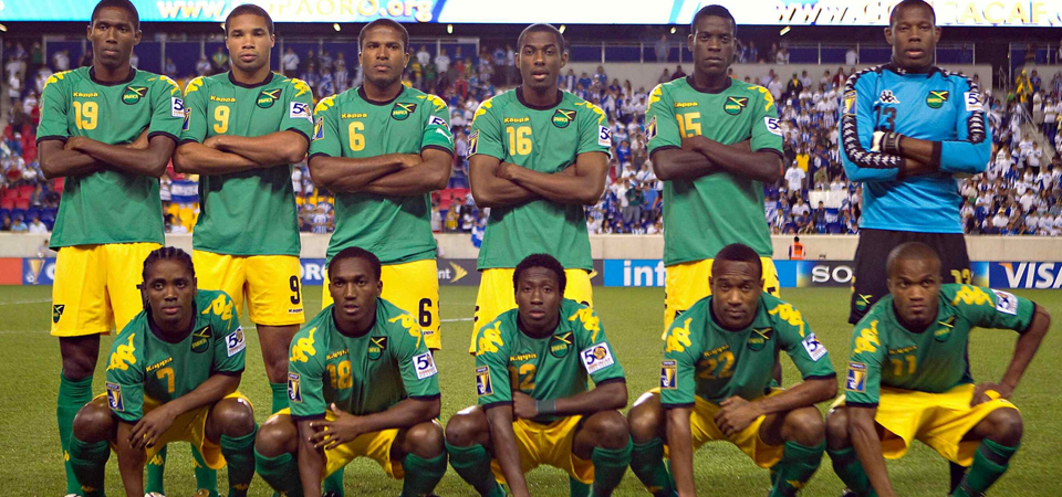 Jamaica-08-12-Kappa-away-kit-green-yellow-green-line-up.jpg