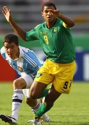 Jamaica-08-12-Kappa-away-kit-green-yellow-green.jpg