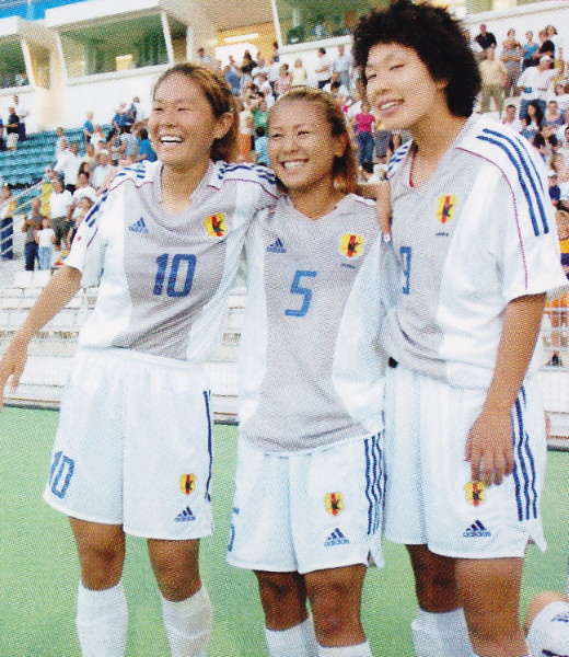 Japan-02-03-adidas-women-away-kit-white-white-white.jpg