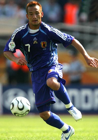 Japan-06-adidas-uniform-blue-blue-blue-H.Nakata.JPG