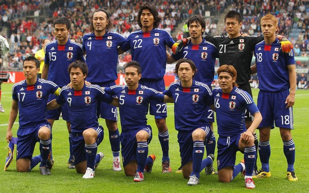 Japan-10-11-adidas-home-kit-blue-blue-blue-pose.jpg
