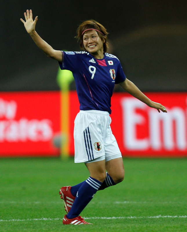 Japan-11-adidas-Nadeshiko-world-cup-blue-white-blue.JPG