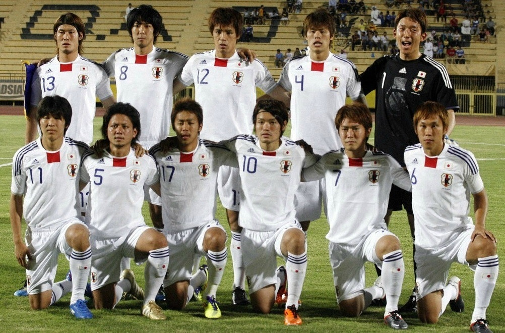 Japan-11-adidas-U22-away-kit-white-white-white-line-up.jpg