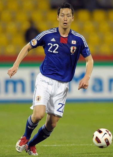 Japan-11-adidas-asian cup-home-kit-blue-white-blue-formortion.jpg