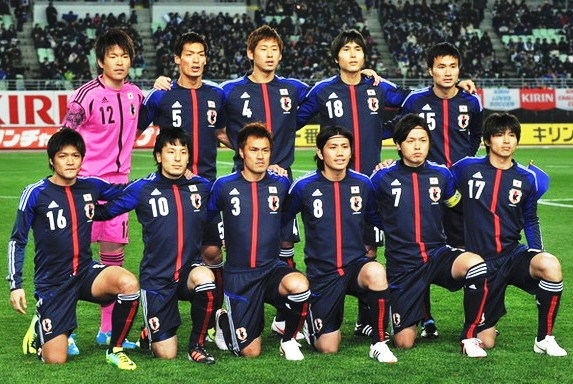 Japan-12-13-adidas-home-kit-deep blue-deep-blue-deep blue-line-up.jpg
