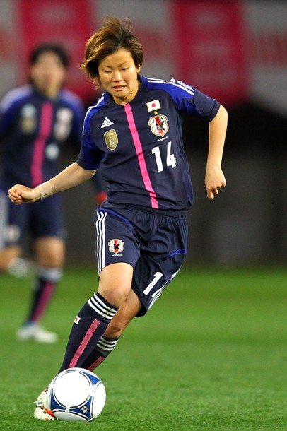 Japan-12-13-adidas-women-home-kit-deep blue-deep-blue-deep blue-2.jpg
