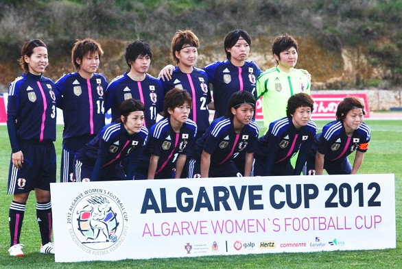 Japan-12-13-adidas-women-home-kit-deep blue-deep-blue-deep blue-line-up.jpg