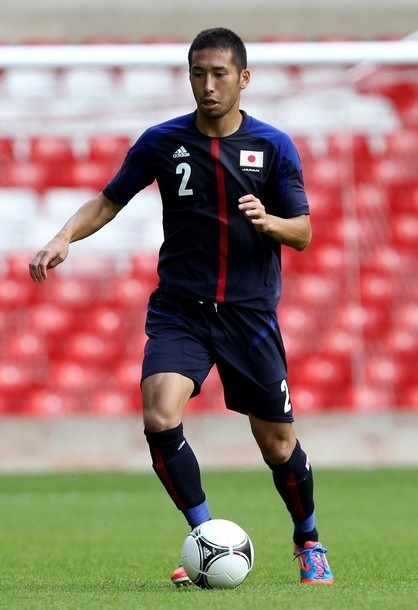 Japan-2012-adidas-U23-home-kit-120718-Yuhei-Tokunaga.jpg