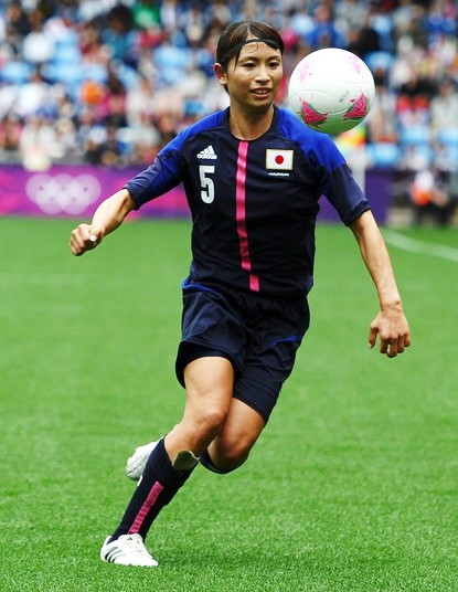 Japan-2012-adidas-nadeshiko-olympic-home-kit-dark blue-dark blue-dark blue-sameshima.jpg