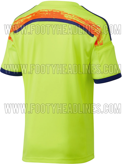 Japan-2014-World-Cup-Away-Shirt-2.jpg
