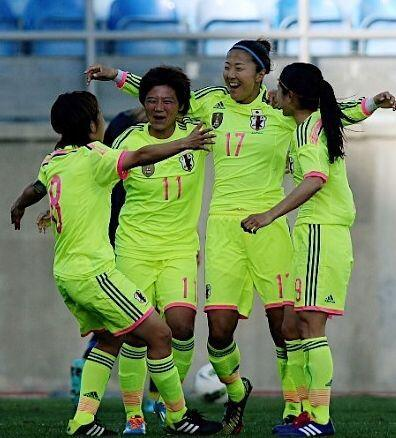 Japan-2014-adidas-nadeshiko-Algarve-Cup-away-kit-yellow-yellow-yellow.jpg