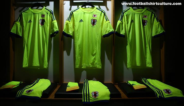 Japan-2014-adidas-world-cup-away-kit-21.jpg