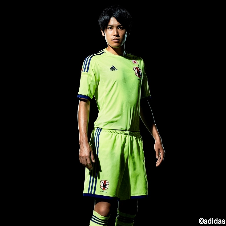 Japan-2014-adidas-world-cup-away-kit-8.jpg