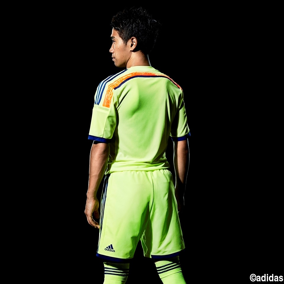 Japan-2014-adidas-world-cup-away-kit-9.jpg