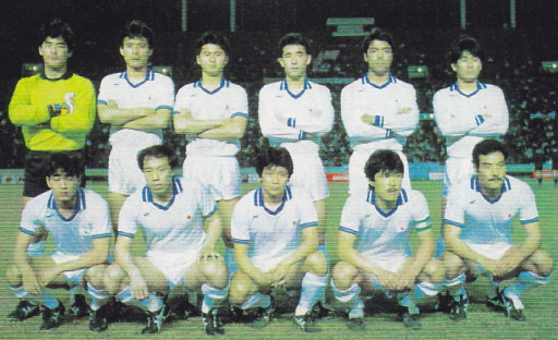 Japan-87-asics-white-white-white-line-up.jpg