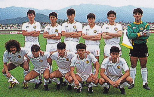 Japan-91-asics-away-kit-white-white-white-line-up.jpg