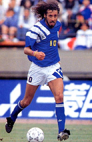 Japan-92-adidas-home-kit-blue-white-blue.JPG