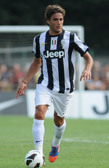 Juventus-12-13-NIKE-first-kit-stripe-white-white-Alessandro-Matri.jpg