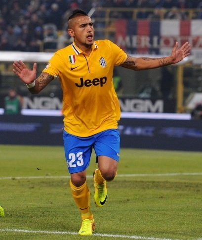 Juventus-13-14-NIKE-second-kit-yellow-blue-yellow.jpg