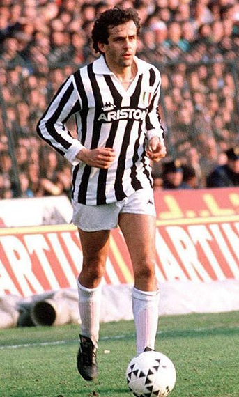 Juventus-85-86-Kappa-first-kit-stripe-white-white-Michel-Platini.jpg