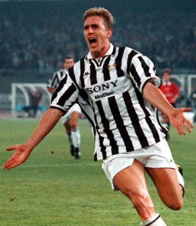 Juventus-96-97-Kappa-first-kit-stripe-white-white-Alen-Boksic.jpg