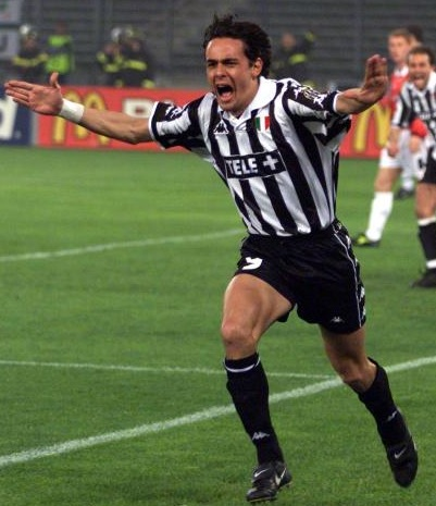 Juventus-99-00-Kappa-TELE+-first-kit-stripe-black-black-Filippo-Inzaghi.jpg