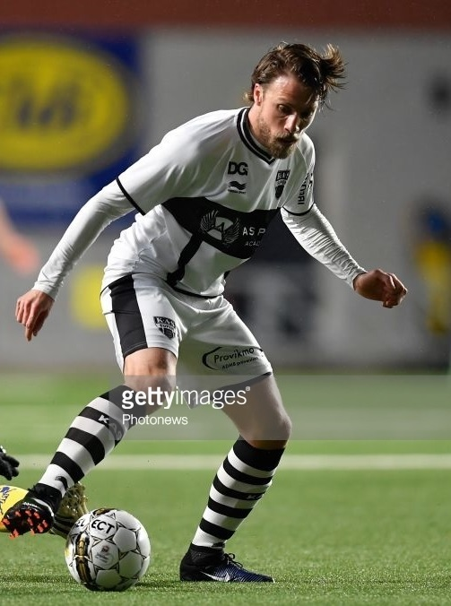 KAS-Eupen-2016-17-BURRDA-third-kit.jpg