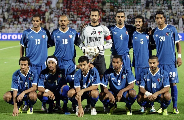Kuwait-11-BURRDA-home-kit-blue-blue-blue-line-up.jpg