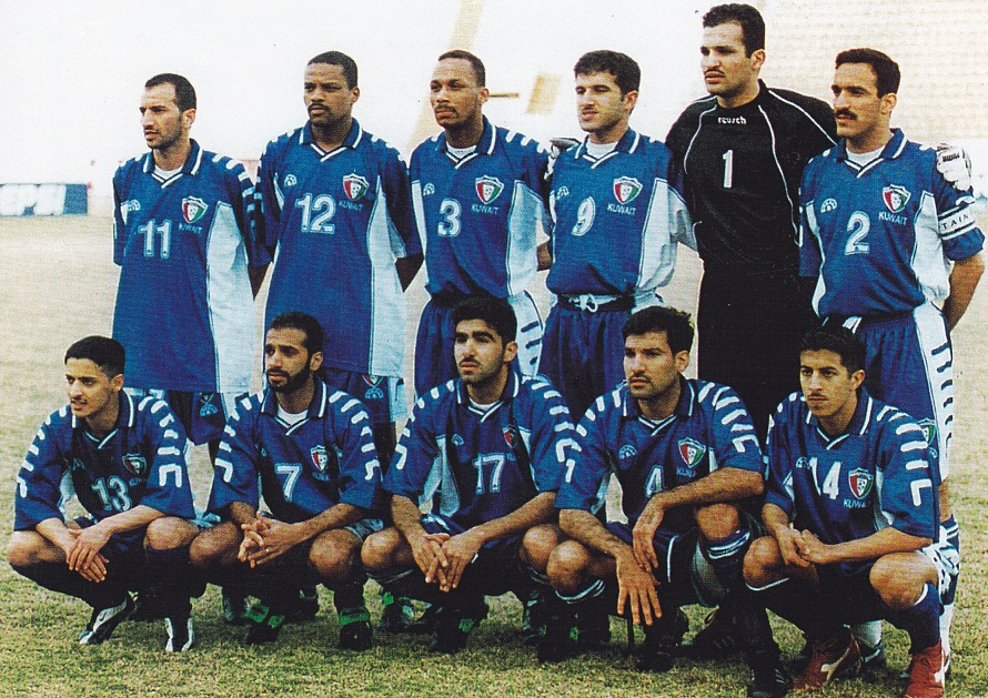 Kuwait-2000-KELME-home-kit-blue-blue-blue-line-up.jpg