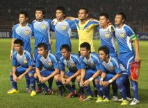 Laos-10-FBT-away-kit-blue-blue-blue-line-up.jpg