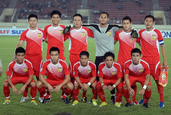 Laos-10-FBT-home-kit-red-red-red-line up.jpg