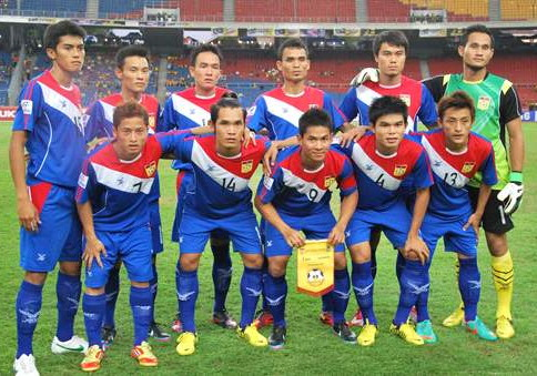 Laos-12-13-FBT-away-kit-blue-blue-blue-line-up.jpg