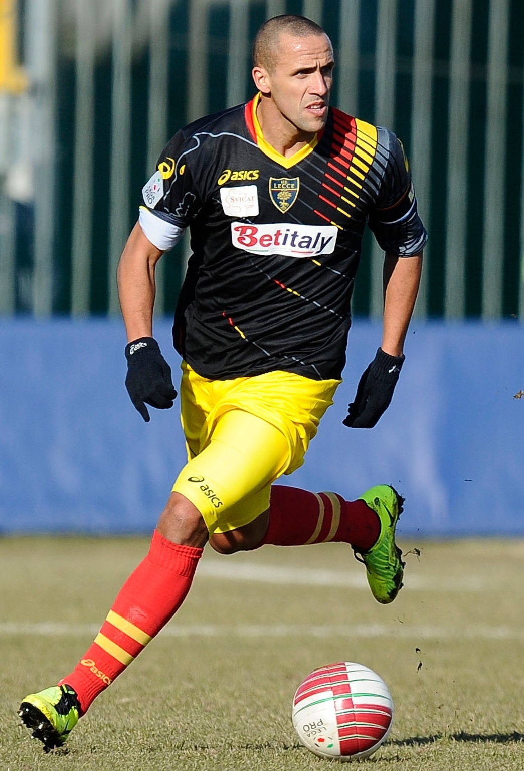 Lecce-2012-13-asics-away-kit.jpg