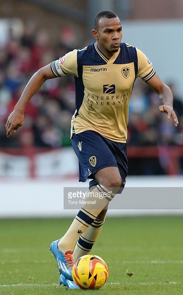 Leeds-United-2013-14-macron-away-kit.jpg
