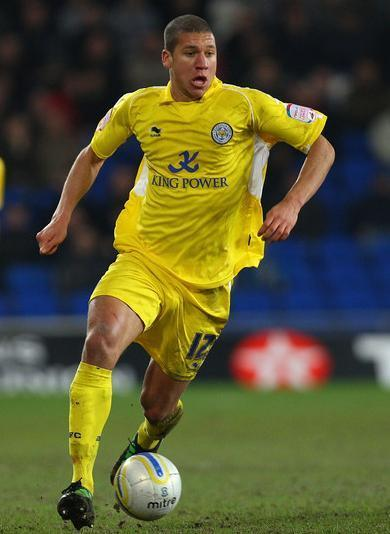 Leicester-City-10-11-BURRDA-second-kit-Jeffrey-Bruma.JPG