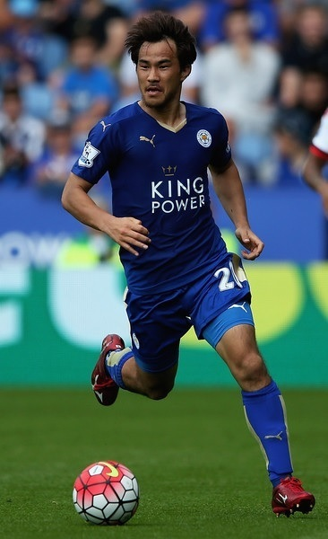 Leicester-City-15-16-PUMA-first-kit-岡崎慎司-Shinji-Okazaki.jpg