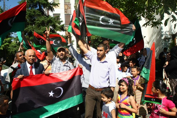 Libya_new_flag_people.jpg