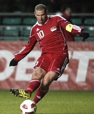 Liechtenstein-10-11-adidas-away-kit-red-red-red.JPG