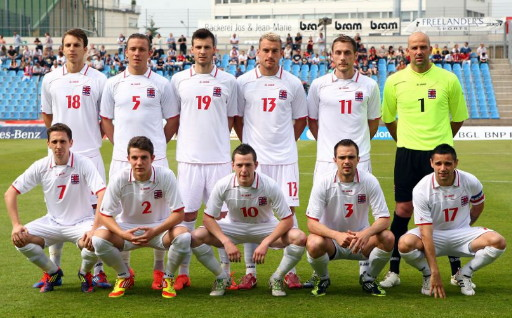Luxembourg-10-11-JAKO-away-kit-white-white-white-line-up.jpg
