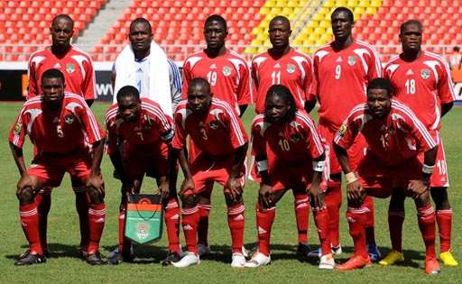 Malawi-09-10-adidas-uniform-red-red-red-group.JPG