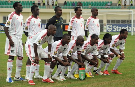 Malawi-10-adidas-uniform-white-white-white-line-up.jpg