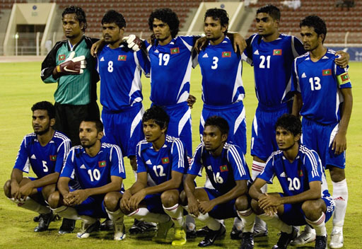 Maldives-07-adidas-uniform-blue-blue-white-group.JPG