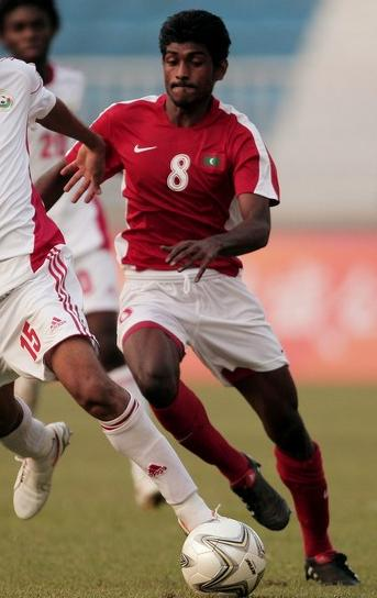 Maldives-10-11-NIKE-home-kit-red-white-red.JPG