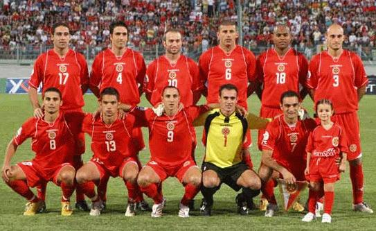 Malta-07-DIADORA-home-red-red-red-group.JPG